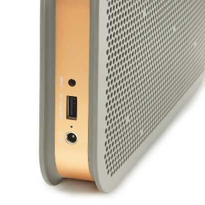 B_and_O_PLAY_by_Bang_and_Olufsen_BeoPlay_A2_portabler_Bluetooth_Lautsprecher_Amazon.de_ASIN_B00O5XUJHW_05.jpg