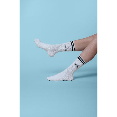 SNOCKS_Produkte_Retro-Socken_Copyright-SNOCKS