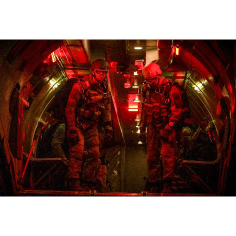 APV_Hunter Killer_7_ © 2019 CONCORDE FILMVERLEIH GMBH _ CONCORDE HOME ENTERTAINMENT GMBH .jpg